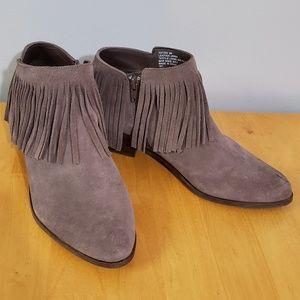 Steve Madden Tan Suede Fringe Booties Leather 9M